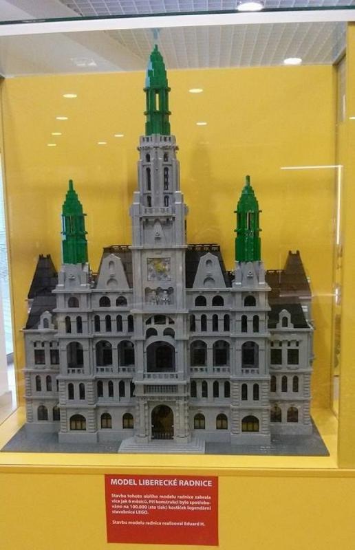 Muzeum kostek - model radnice