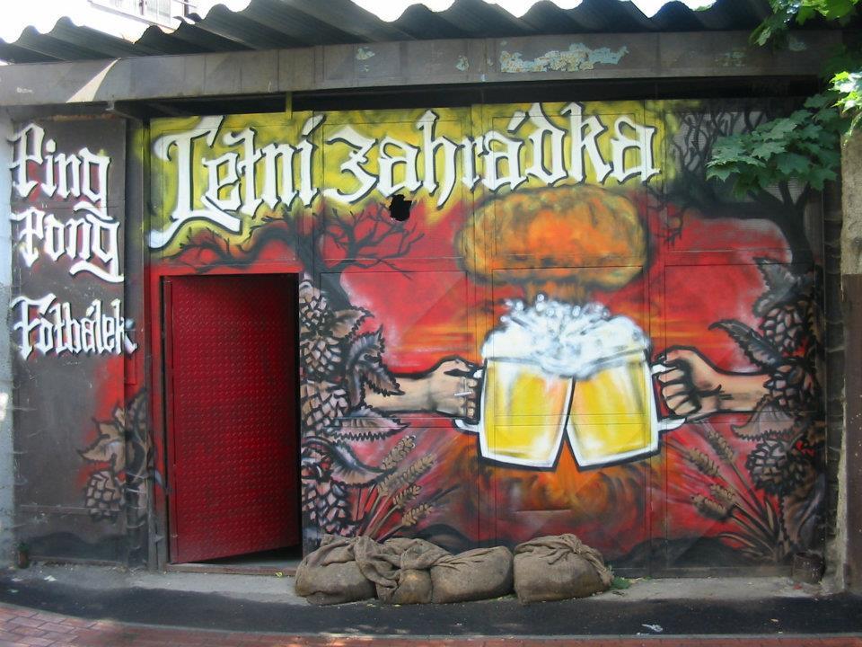 Azyl - pivní bar