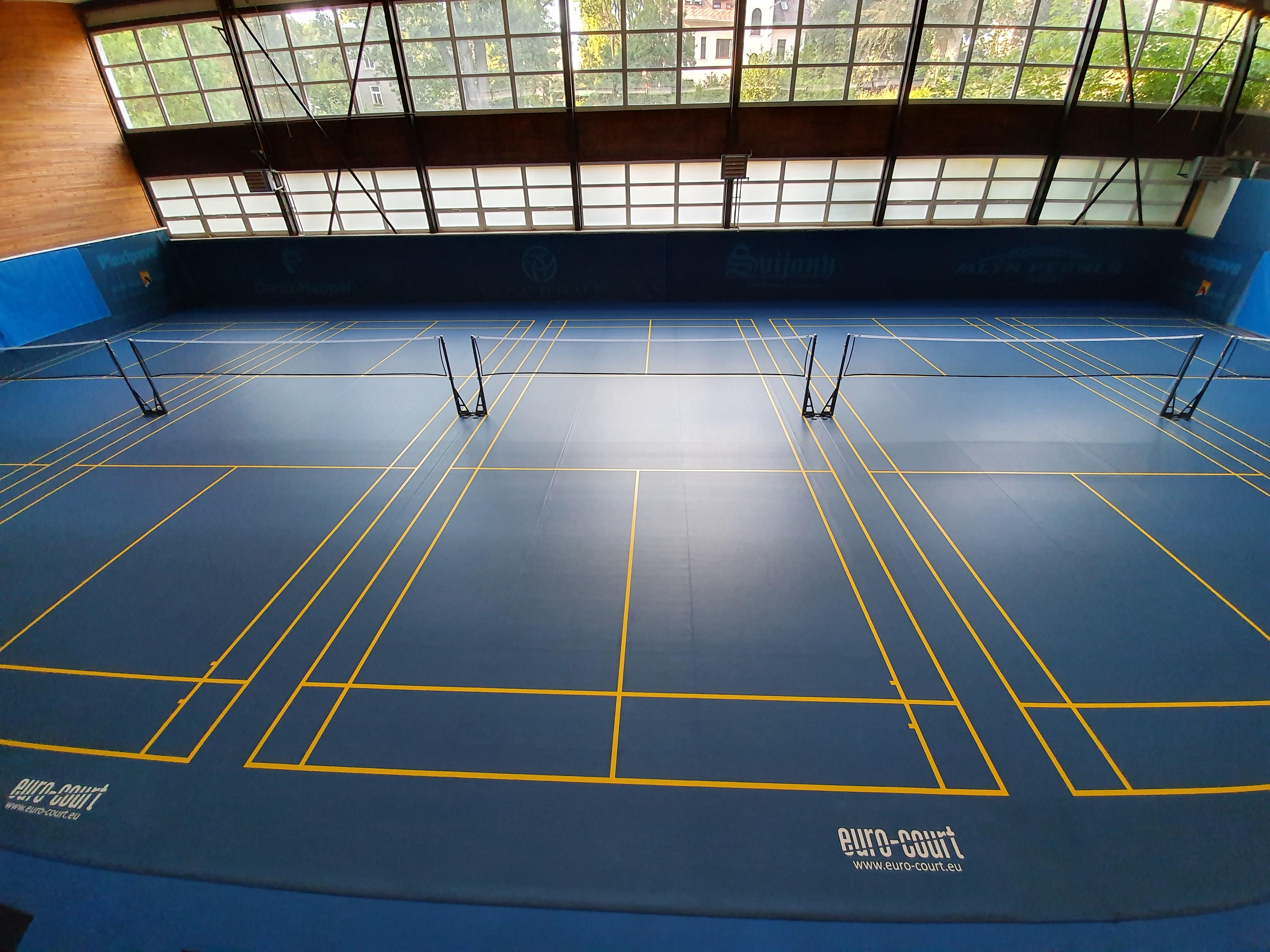 Badmintonové kurty LTK