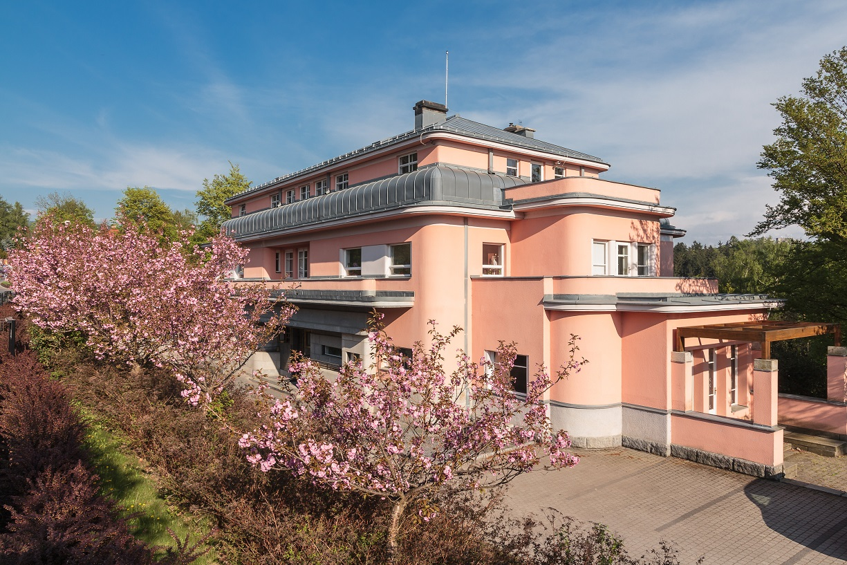 Strossova vila