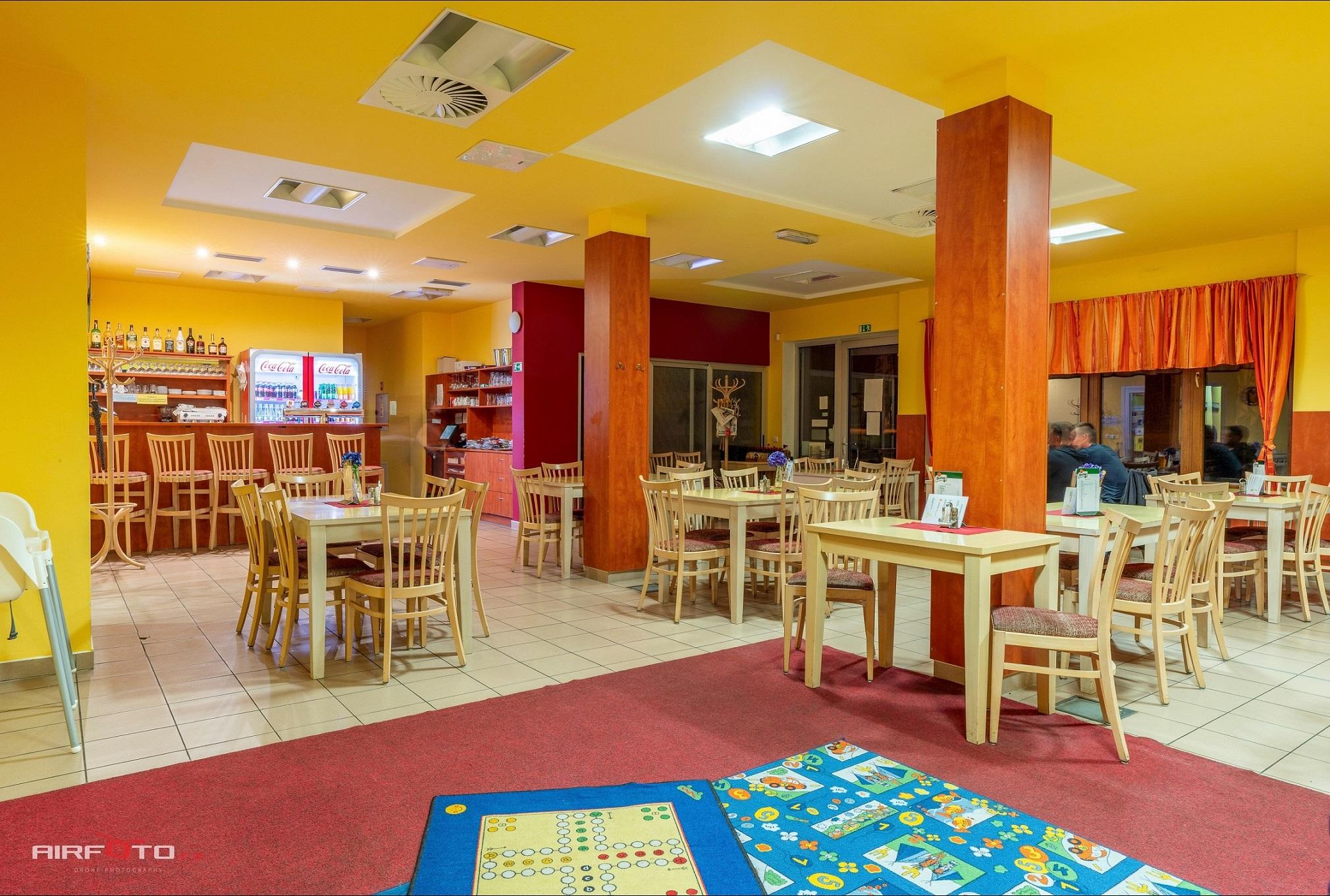 Restaurace Hotel Petra