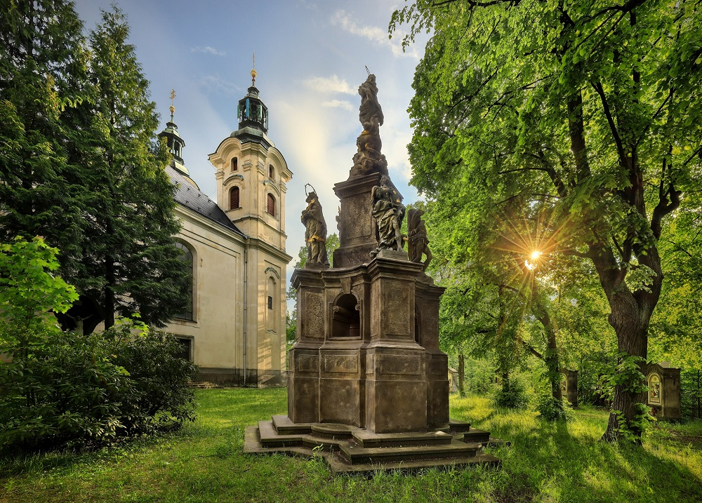 Barokní zahrada a Mariánský sloup